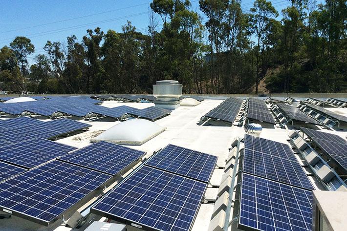 full swing golf solar power system